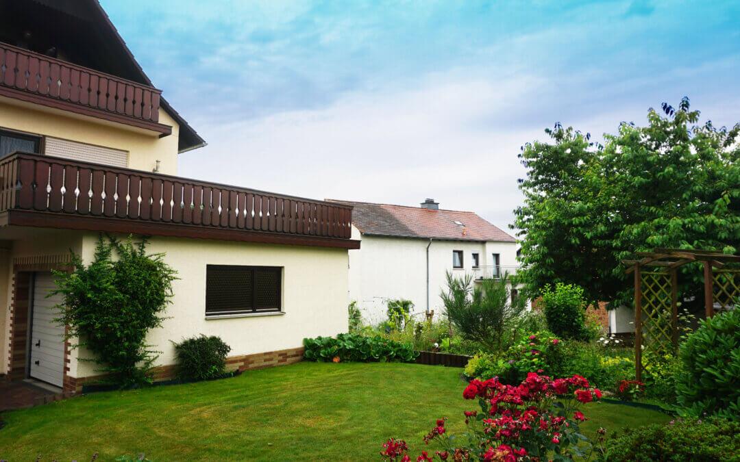 5894, Familiennest mit Potenzial: Großes Einfamilienhaus mit Garten!